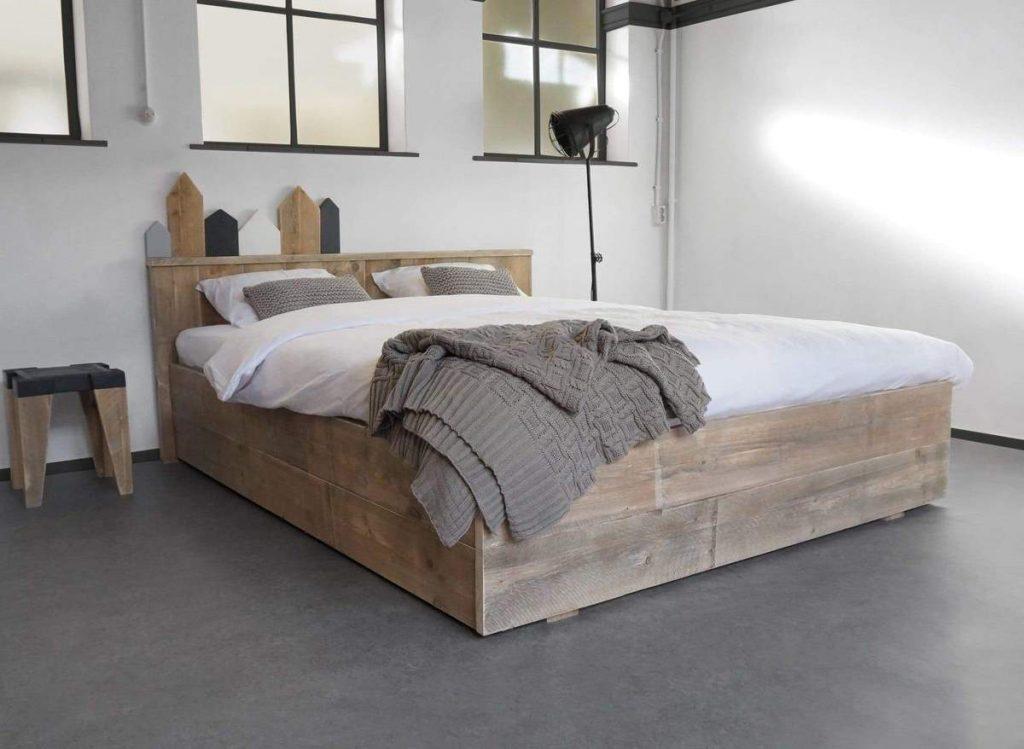 steigerhout tweepersoons bed
